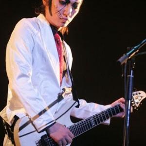 ゴールデンボンバーのギター