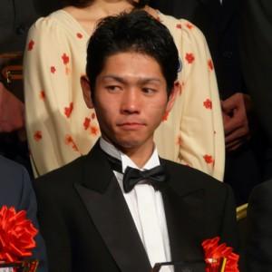 戸崎が1番人気を3R連続で飛ばしてる件について