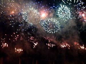 中山競馬場の花火大会廃止へ、船橋市は継続を要望