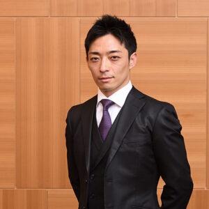 keiba 1617878353 101 300x300 - 【競馬】川田騎手がコラム開始「俺は5年前から感情を封印した。笑うことがなくなった」