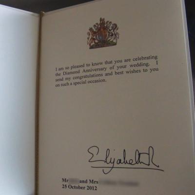 2015年エリザベス女王杯のサイン