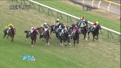 【競馬】東京スポーツ杯2歳S(東京・G3) 中団後ろ追走サトノクラウン ゴール前馬群を割って叩き合い制した!新馬から連勝で重賞初V