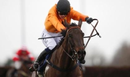女性騎手のリジー・ケリーさん